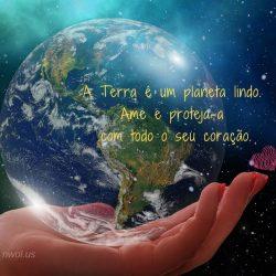 A Terra e um planeta lindo