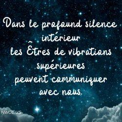 Dans le profound silence